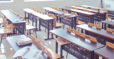 classroom-2787754_1920